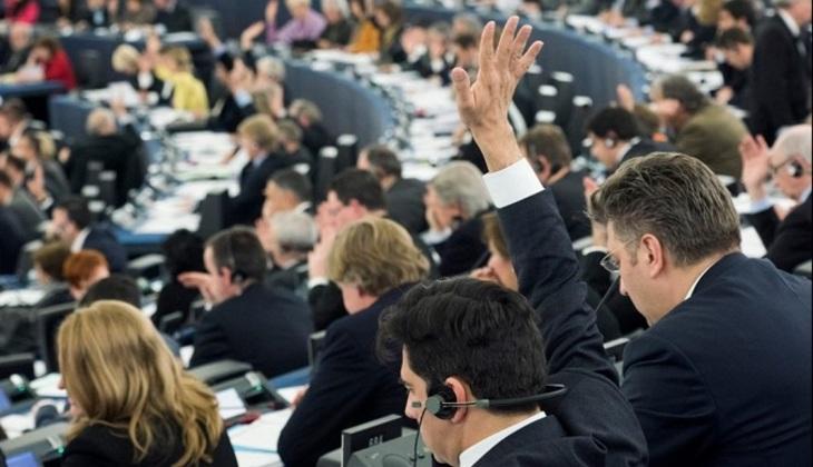 РосСМИ приравняли кИГИЛ: соцсети «взорвала» резолюция опропагандеРФ