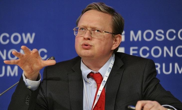 Михаил Делягин: «Экономика России отползает от разума к краю пропасти»