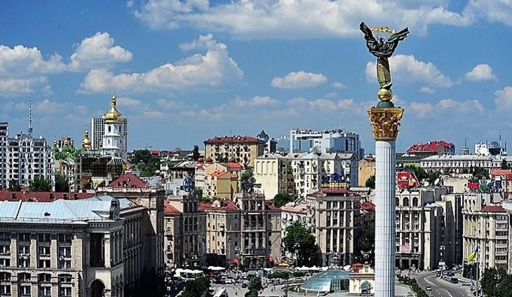 На дорогах столицы Украины появились лозунги, сравнивающие российский язык сболезнью