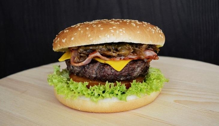 Русский Burger King создал свою криптовалюту— вопперкоин