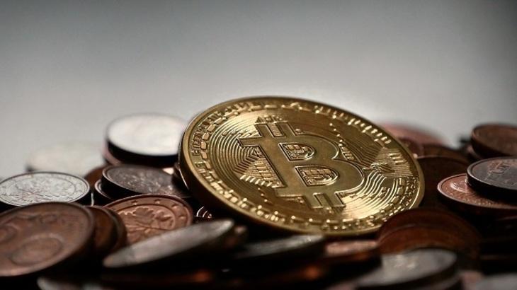 В РФ посоветовали приравнять криптовалюту кдоллару