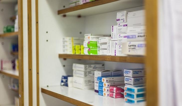 Жители России покупают лекарства только при крайней надобности