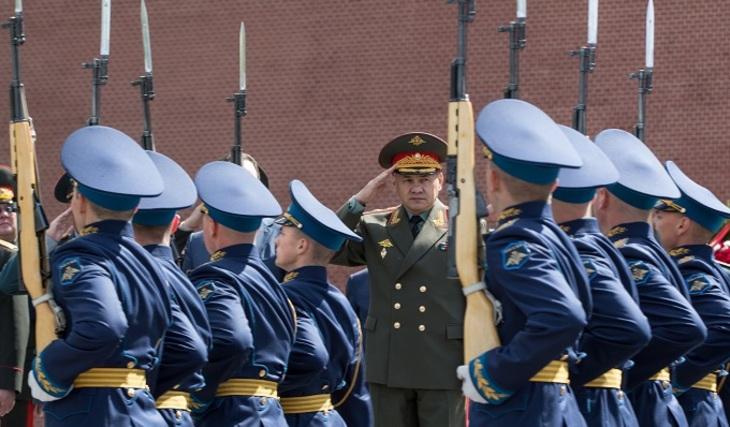 Практически 90% граждан России уверены вспособности армии защитить страну