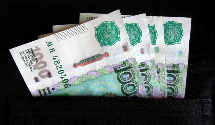 Средний чек граждан России заодин поход вмагазин составил около 524 рубля