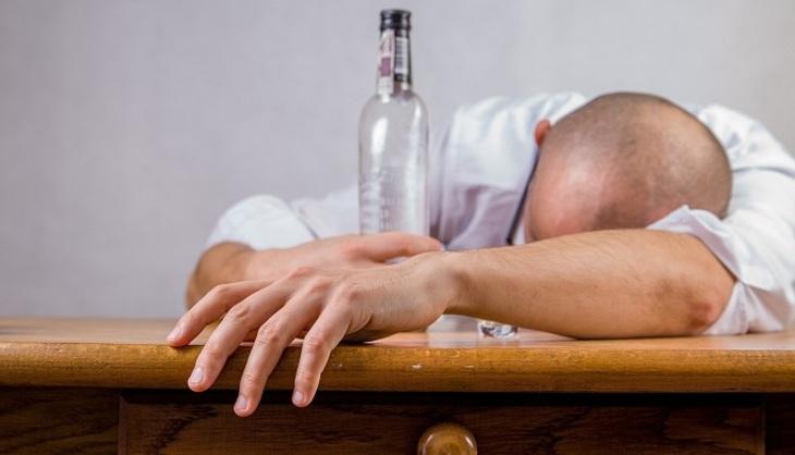 Спирт оказывает негативное влияние накачество спермы— Ученые