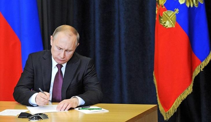 Владимир Путин позволил авиаперелеты вЕгипет