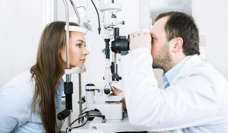 Будущего инсультника глаза выдают