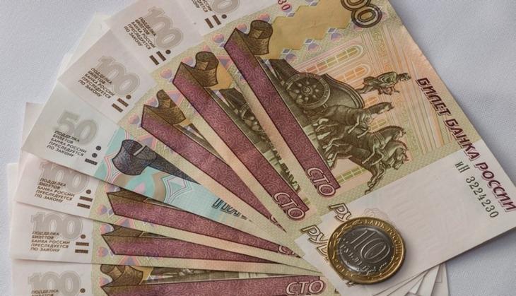 Больше половины российских учителей недовольны зарплатой