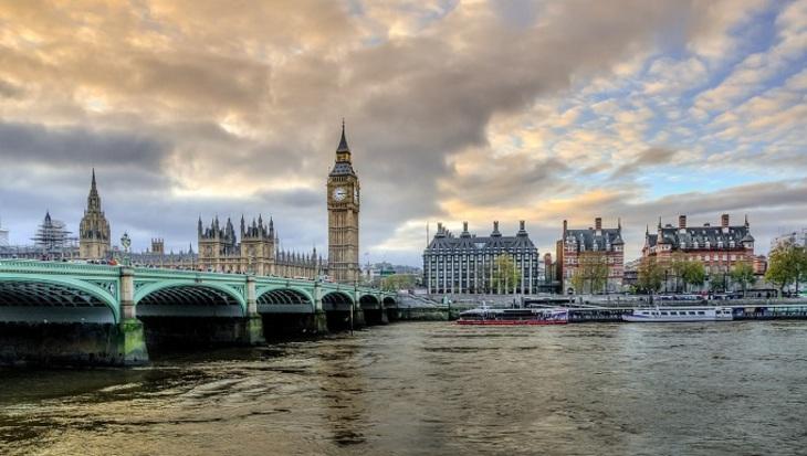 Великобритания выдала ордера наарест «сомнительного» русского капитала