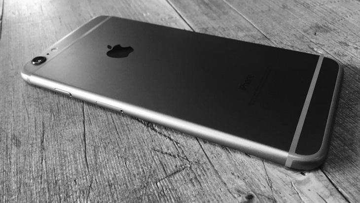 Найден способ похитить всю информацию сiPhone