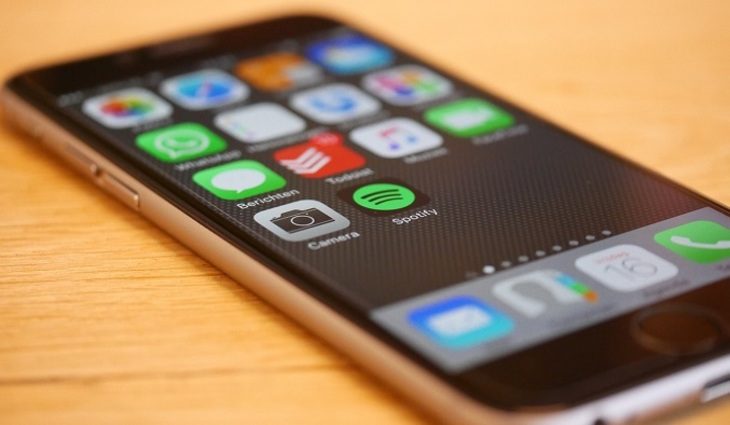Номер мобильного телефона могут приравнять кпаспорту
