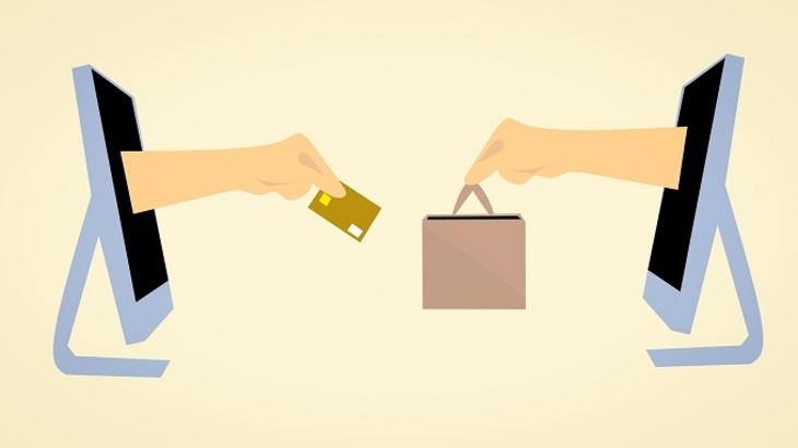 Народные избранники посоветовали россиянам платить запокупку виностранных онлайн-магазинах