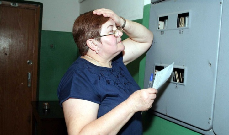 По России покатилась волна жесткого взимания долгов по ЖКХ