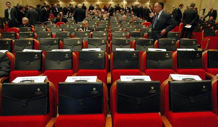 Киев привяжет зарплату чиновников к средней по стране. А мы?