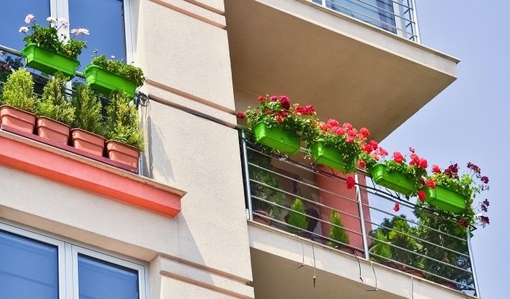 Что россиянам запрещено на своих балконах - фото