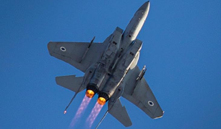 Израильские ракеты ударили по Кунейтре - фото