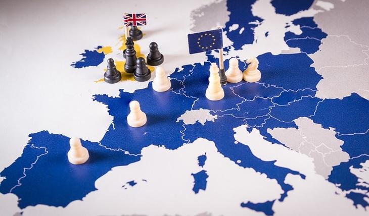 Кто раскалывает Европу? - фото