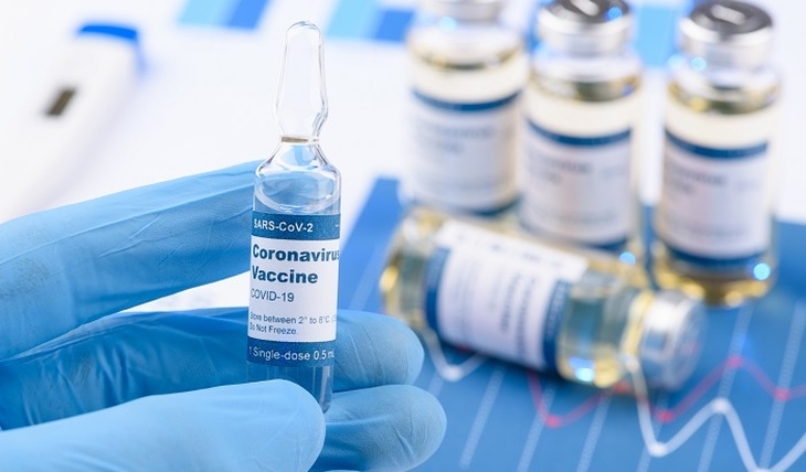 Вакцины отражают любую мутацию COVID-19 - фото