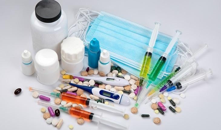 Antibiotics and COVID-19 - photo