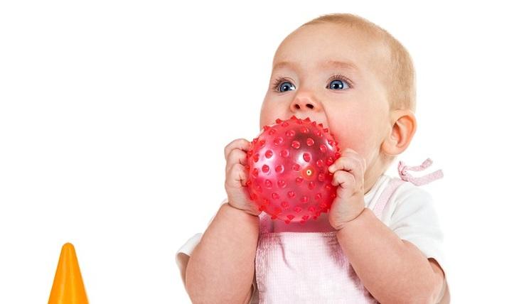 Children's toys: where is the danger?  - Photo