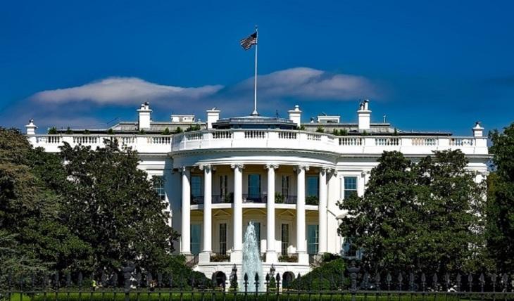 Белый дом идет на переговоры с Россией - фото