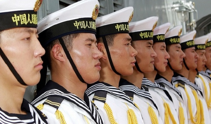 Chinese fleet heading to US bases - photo