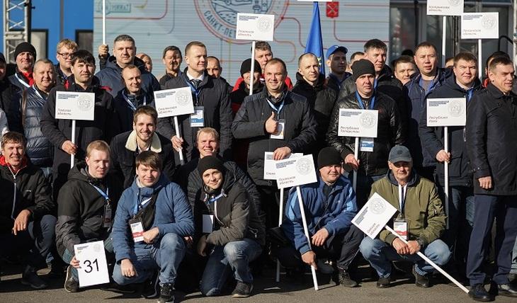 Определены лучшие водители автобусов в России - фото