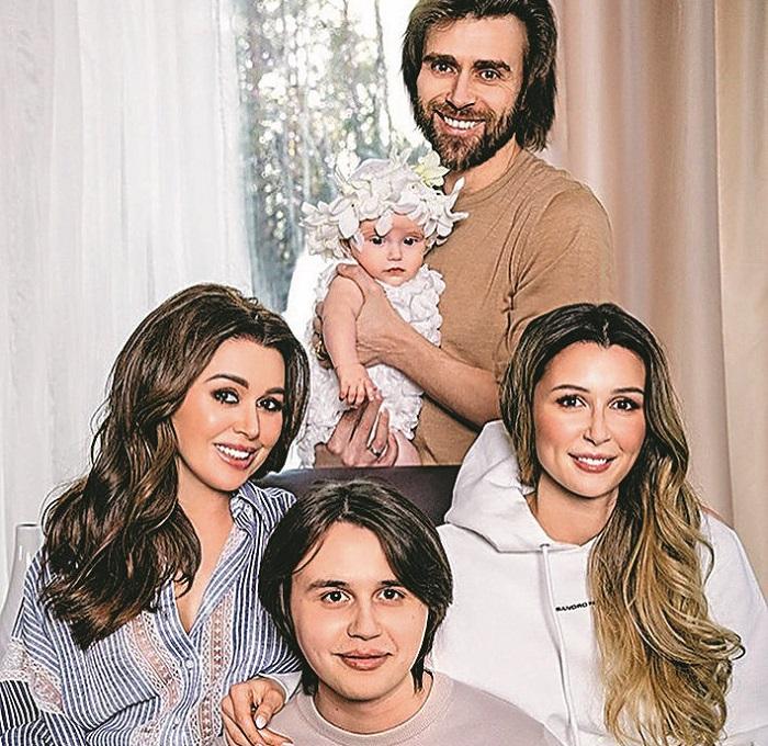 Family of Anastasia Zavorotnyuk