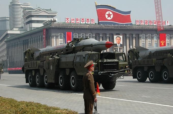 Руководитель Пентагона обвинил РФ иКНДР в«бряцании ядерным оружием»